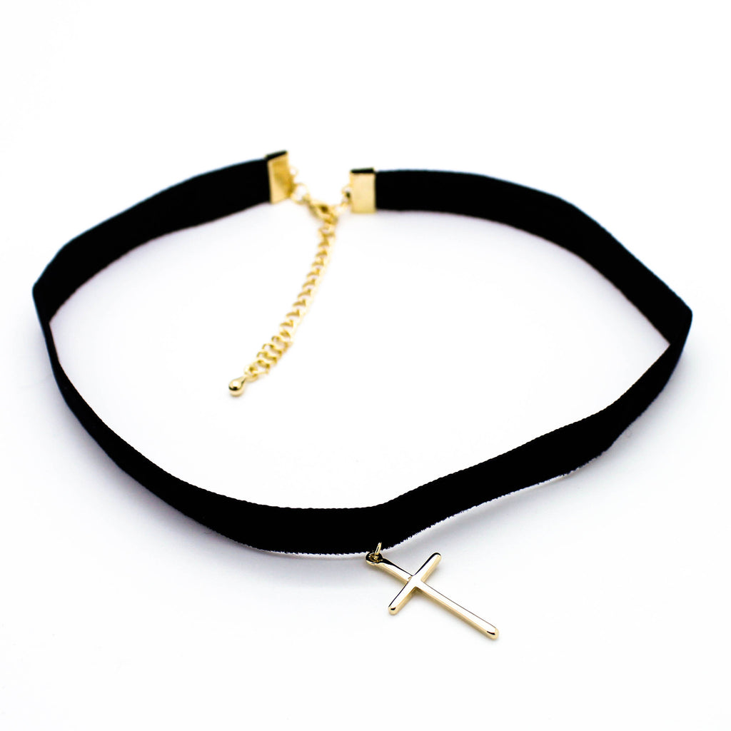 Cross velvet choker necklace