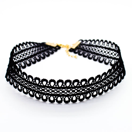 Lovely cut-out choker necklace