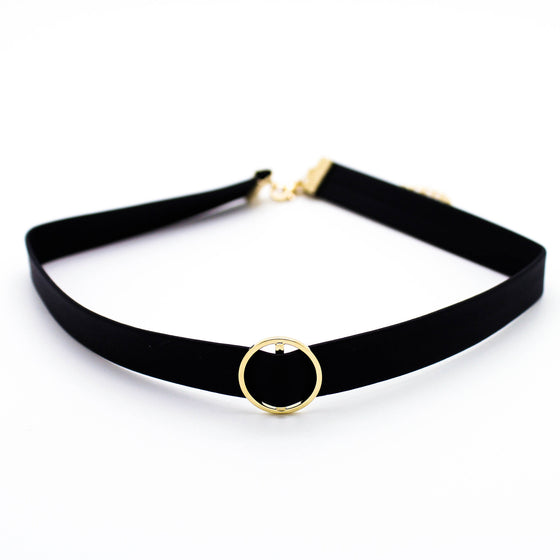 Circle leather choker necklace