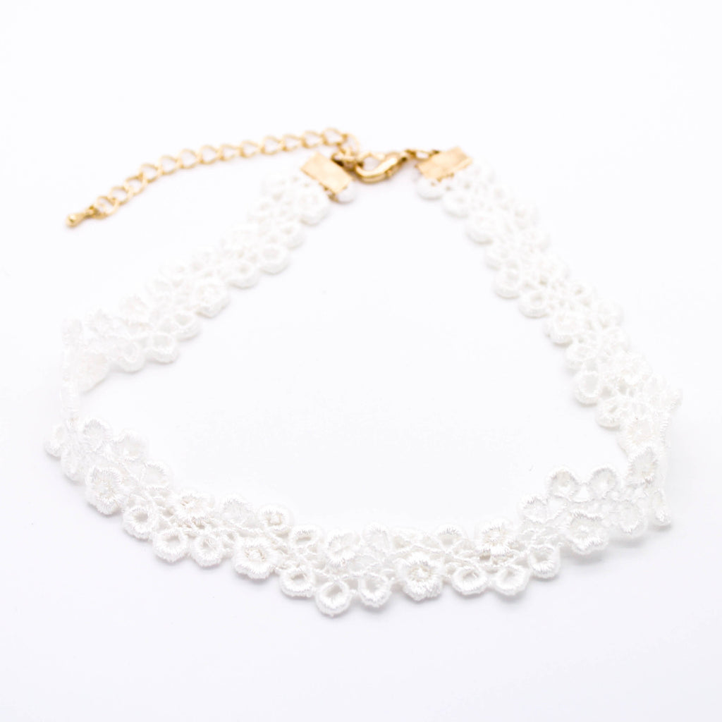 Lacey summer flower choker necklace