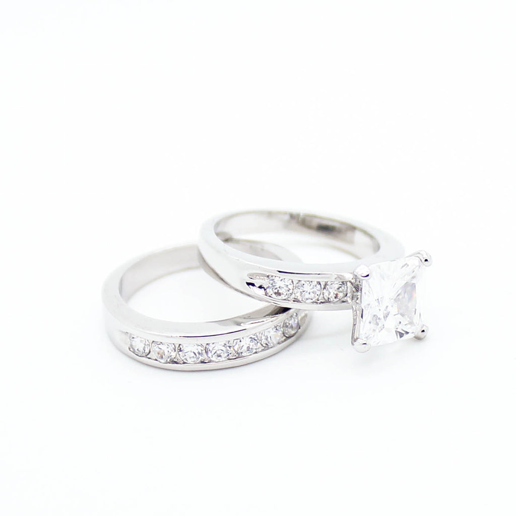Princess cut rings set
