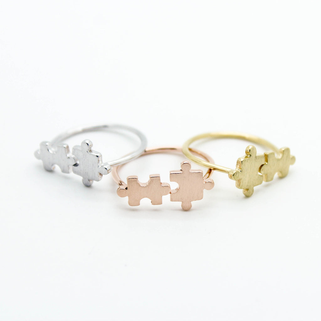 Puzzle pieces ring