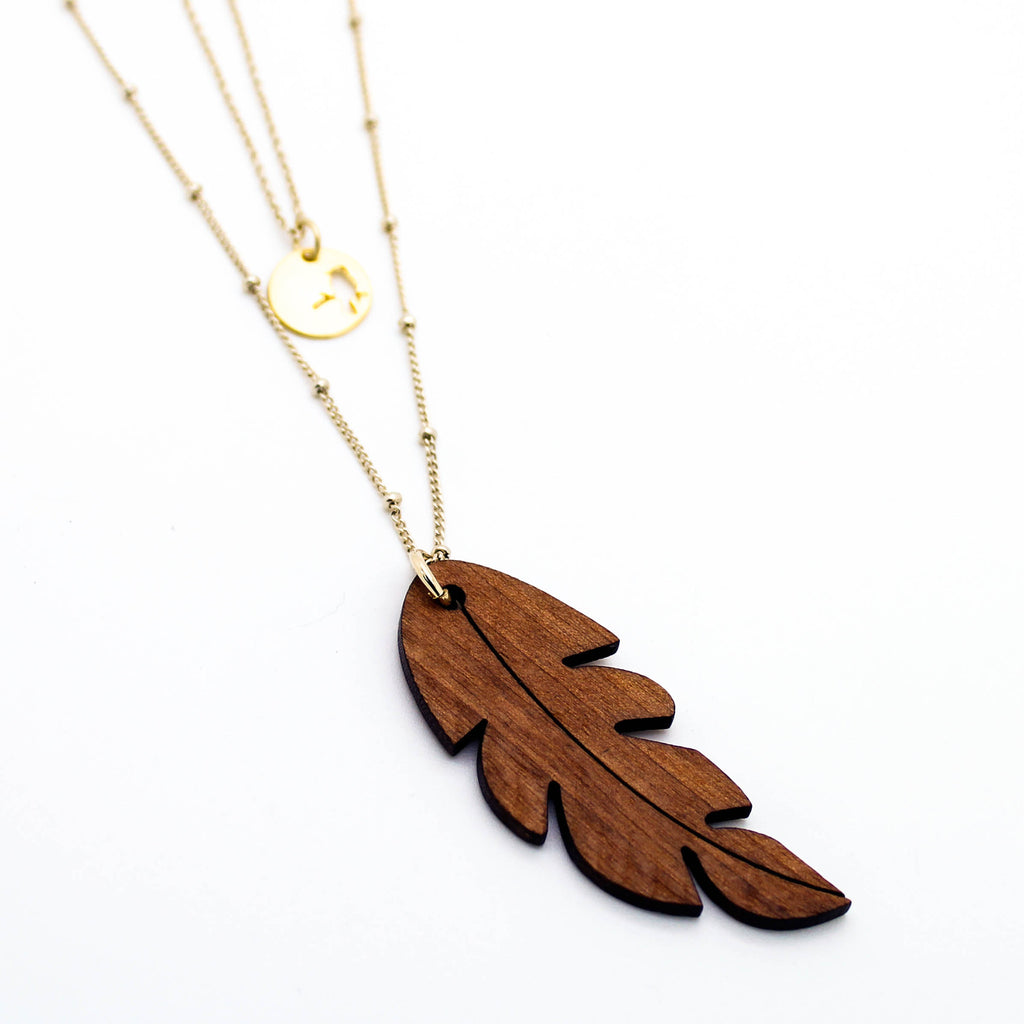 Leaf layer long neckalce