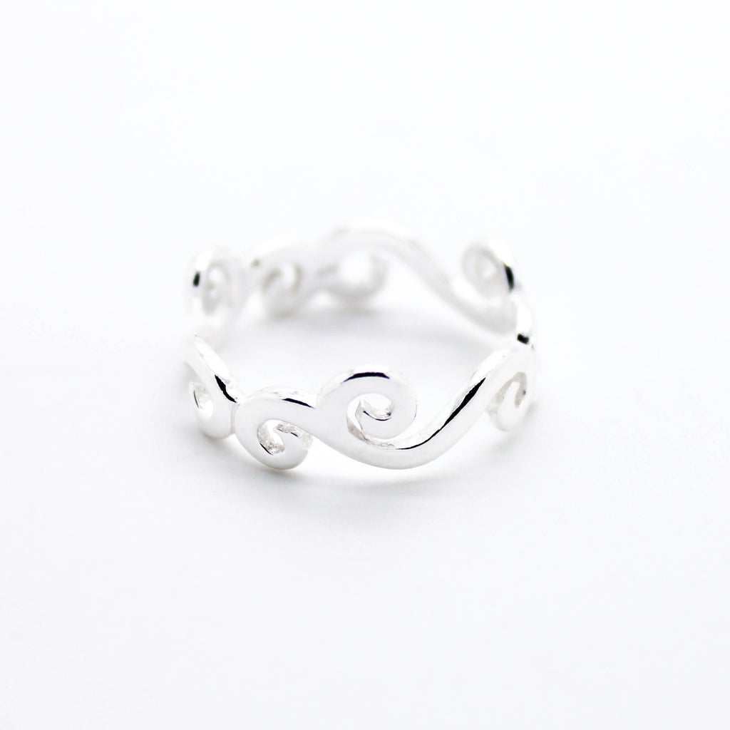 Wave sterling silver ring
