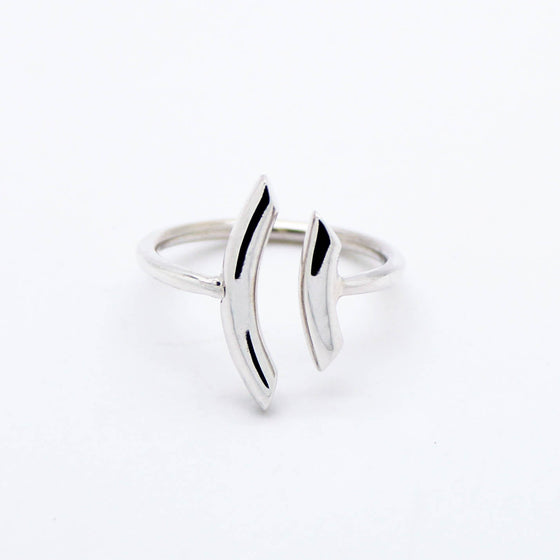 Curved bars sterling silver ring