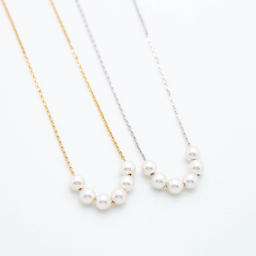 Mini pearl beads necklace