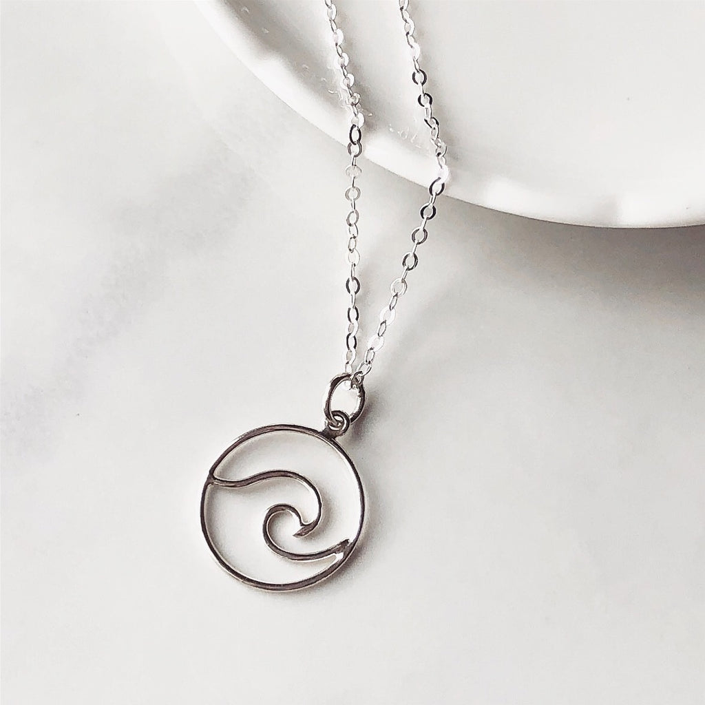 Wave sterling silver necklace