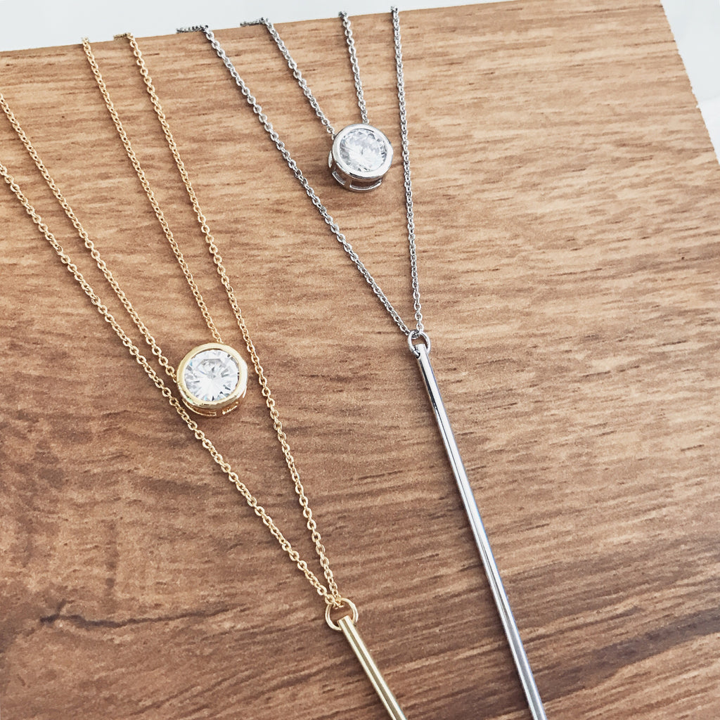 Round stone bar layer necklace