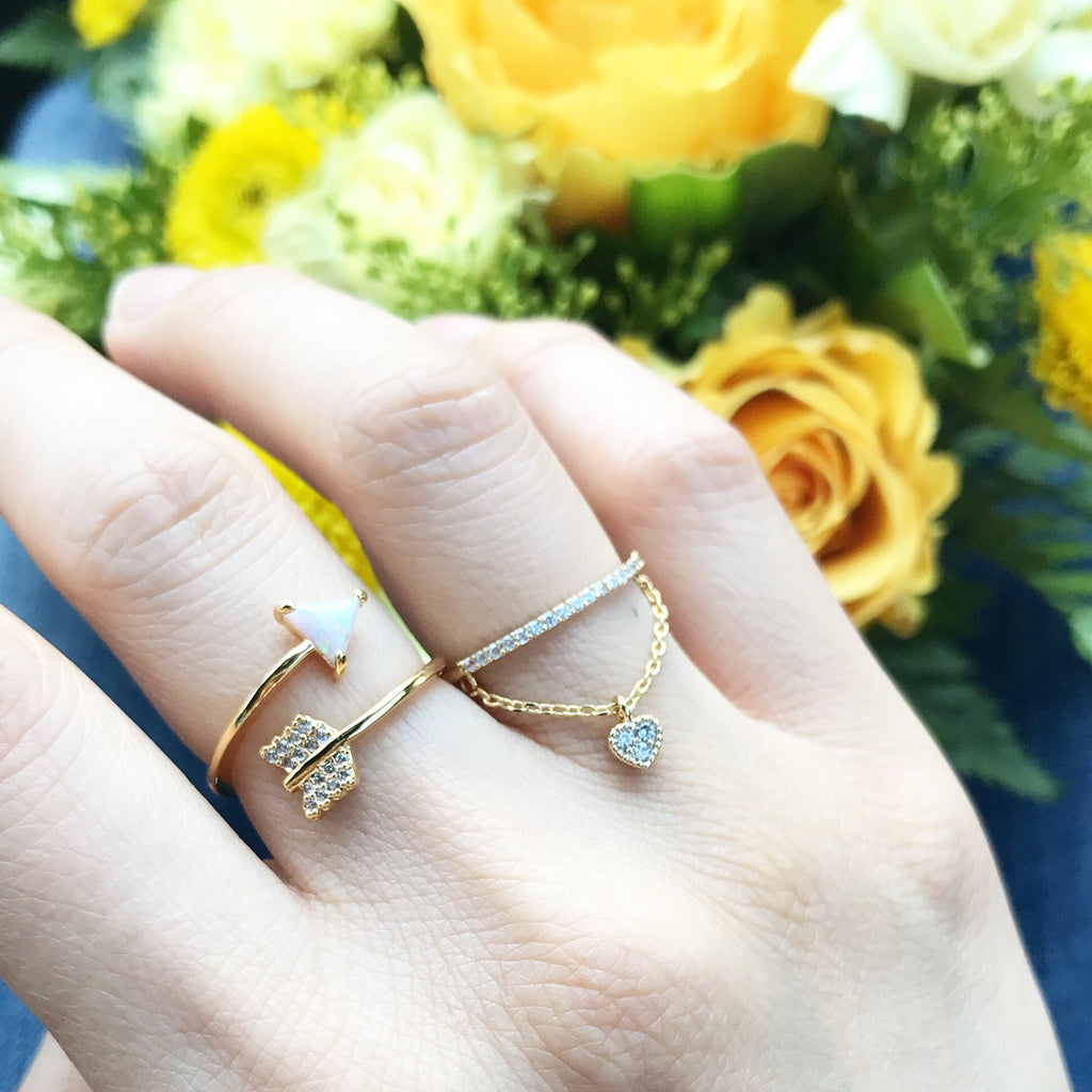 Arrow stone ring