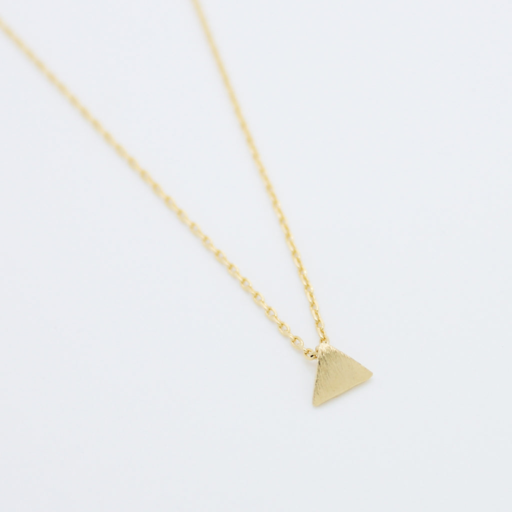 Triangle mini necklace