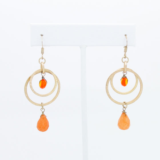 Circle link stone earrings