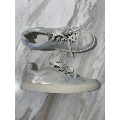 JT- Relay Silver sneakers with laces