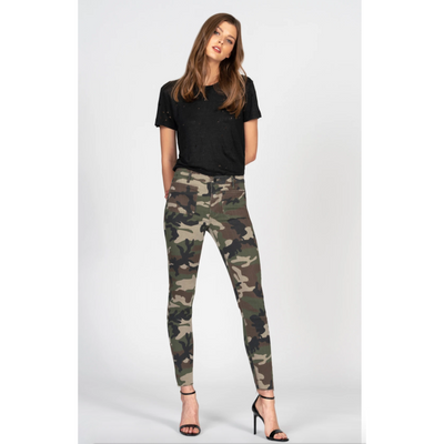 Ava Patch Pocket Skinny Camo Jenas