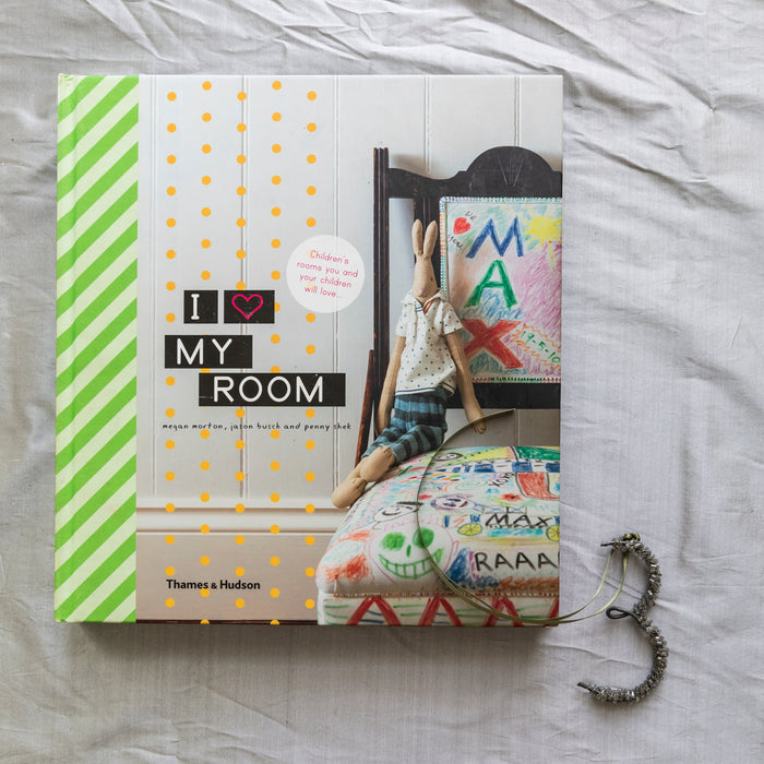 BOOKS 3. I LOVE MY ROOM - Order now