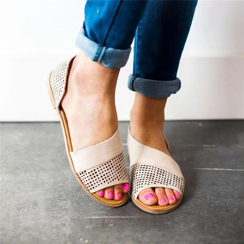 PLUS SIZE FASHION RETRO HOLLOW FLAT SANDALS