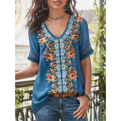 Plus Size Printed Stitching Lace V-neck Short Sleeve Top