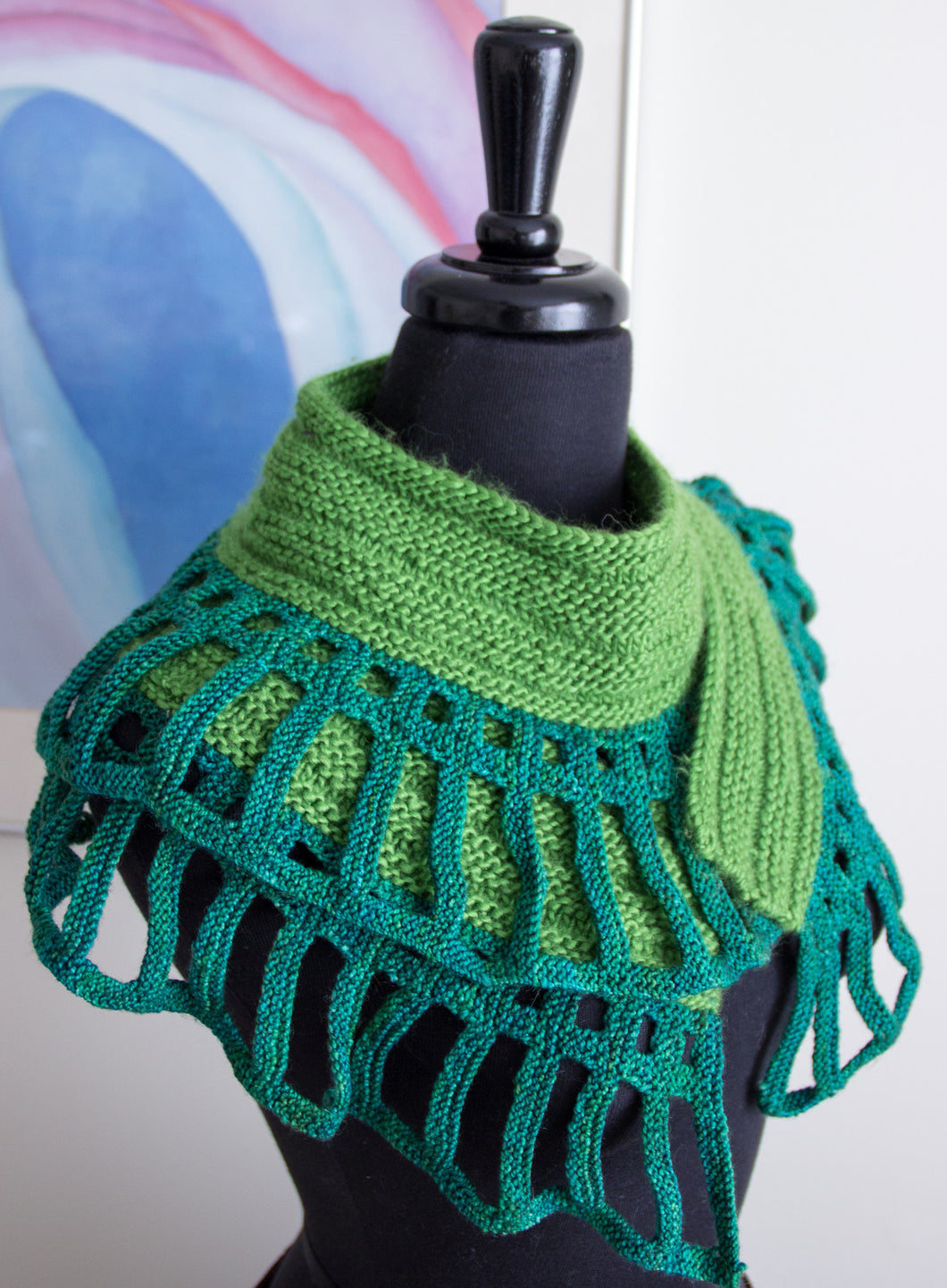 Dragon Tale Shawl - LYS (5 copies)