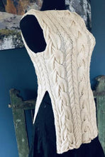 Savannah Cabled Tabard