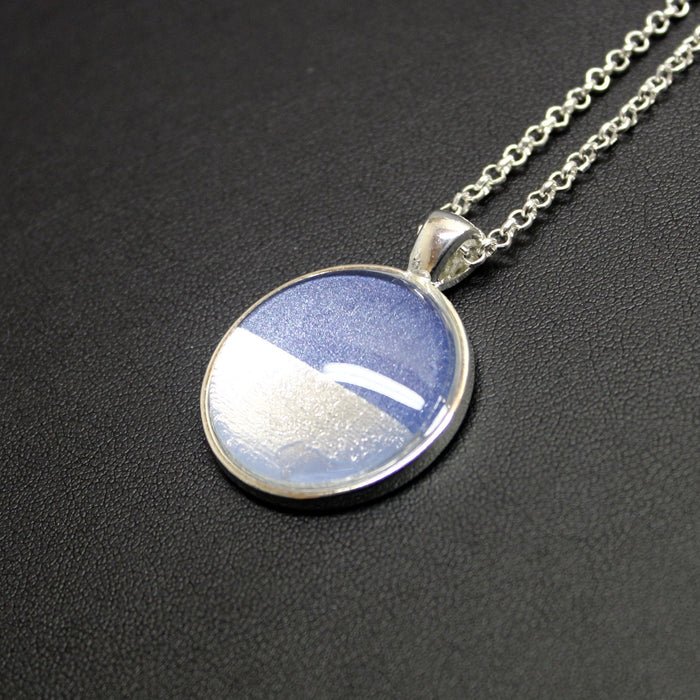 Slow Rhythm Silver Linings Medium Pendant Necklace (Silver & Royal Blue)