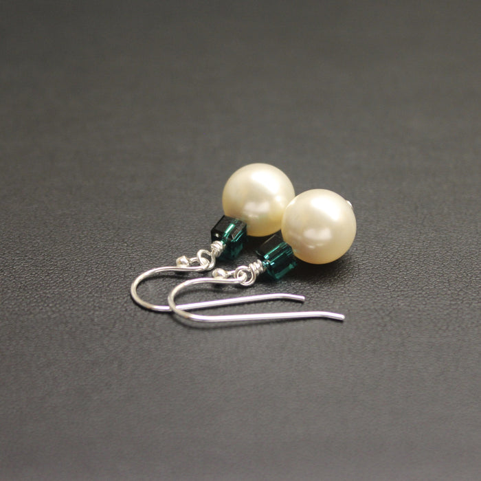 Tango Swarovski Cube/Pearl Earrings (Emerald & Cream)