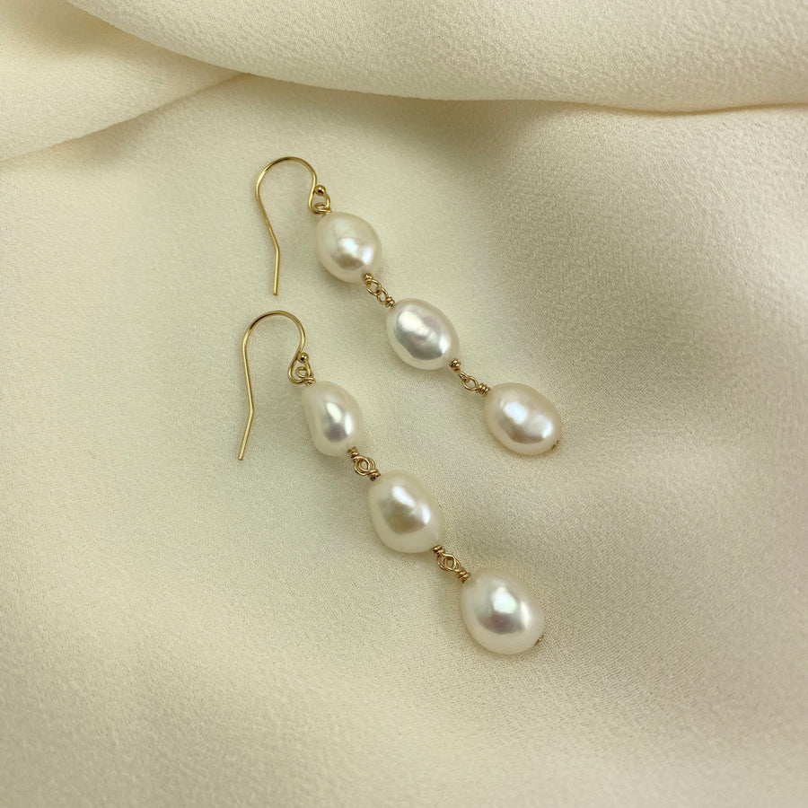 Waltz Baroque Freshwater Pearl Cascade Drop Earrings in Gold