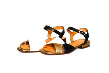 Load image into Gallery viewer, Chie Mihara Sandal