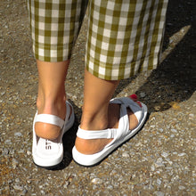 Load image into Gallery viewer, Strategia White Sandals