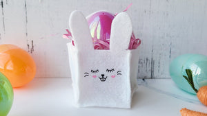 Using the Silhouette Cameo 4 & rotary blade: Felt Bunny Baskets