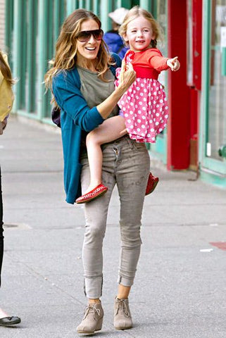 Sarah Jessica Parker in Tom's Wedges