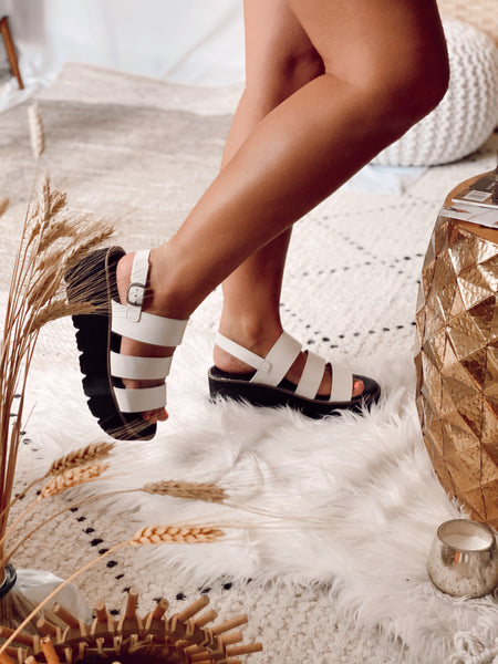 Pendulum Platforms - Off White