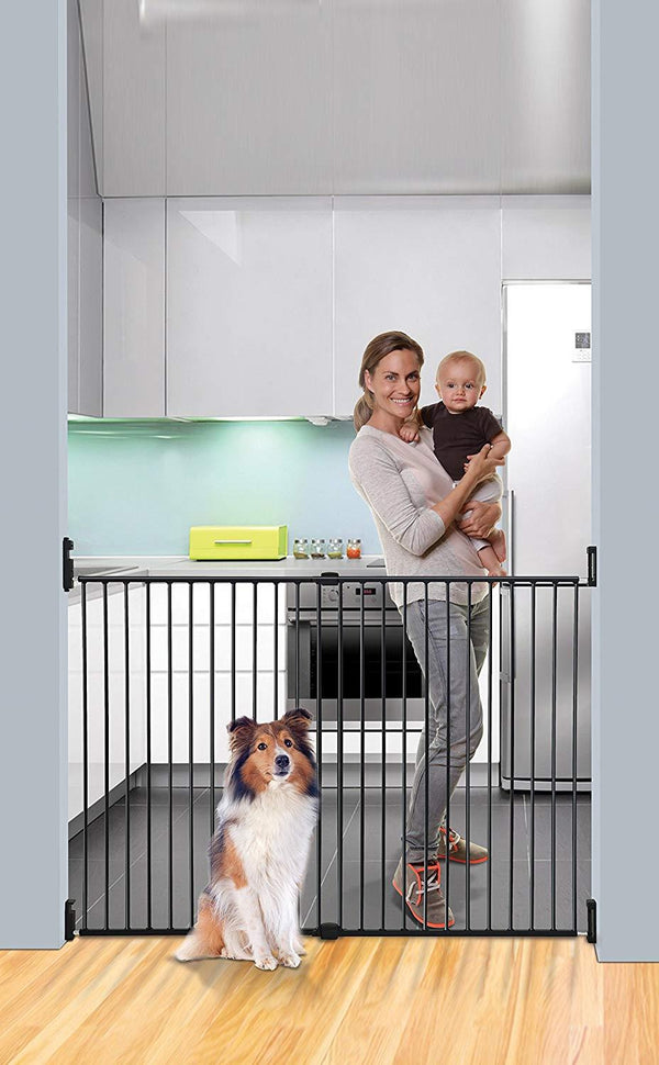 Dreambaby Broadway Extra Wide And Extra Tall Gate