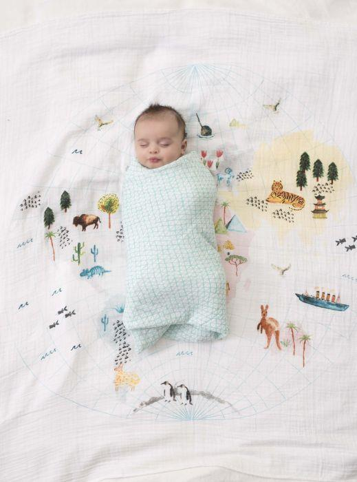 Li'l Niblets Toronto Baby StoreThese breathable muslin fabric swaddles can provide superior comfort. The Aden and Anais Classic Swaddle, available in different fabric patterns, stay soft even after several washes. While this baby product works as a swaddl