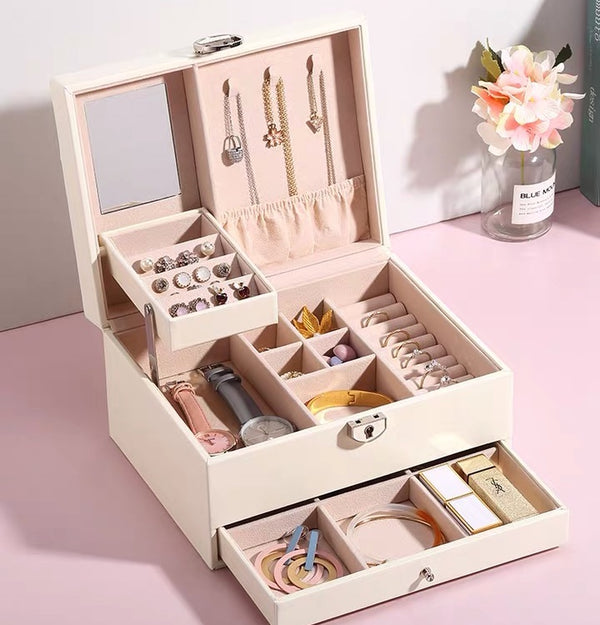 3 Layers Jewelry box with Retro Lock and Mirror