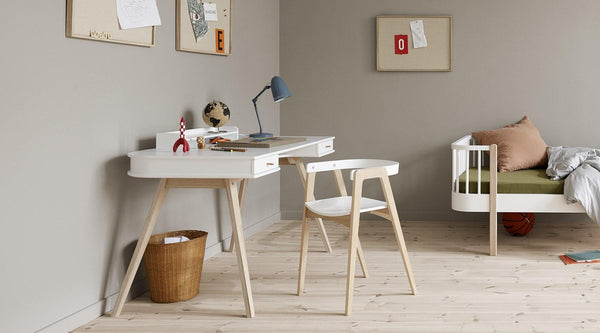 Wood skrivebord & armstol - Oliver Furniture