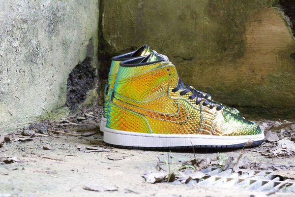 "IRIDESCENT PYTHON ""EARTH"" JORDAN 1 - SOLD OUT"