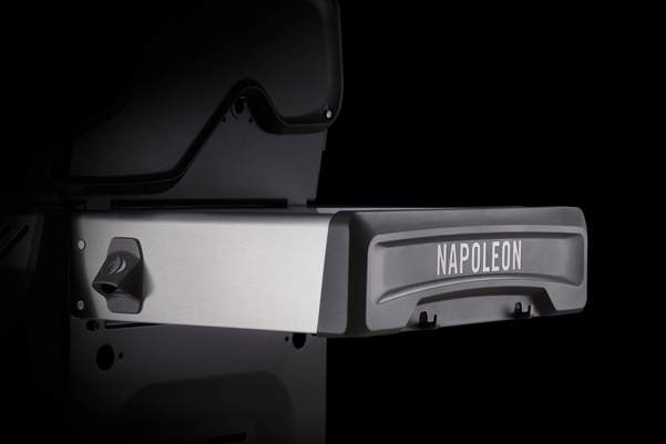 Napoleon Rogue SE 425 Gas Grill (Stainless Steel) w/Infrared Side and Rear Burners RSE425RSIBSS-1