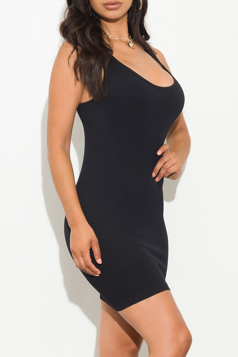 Vanessa Dress Black
