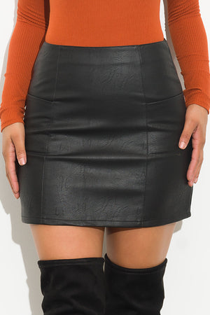 Warming Up Faux Leather Skirt Black