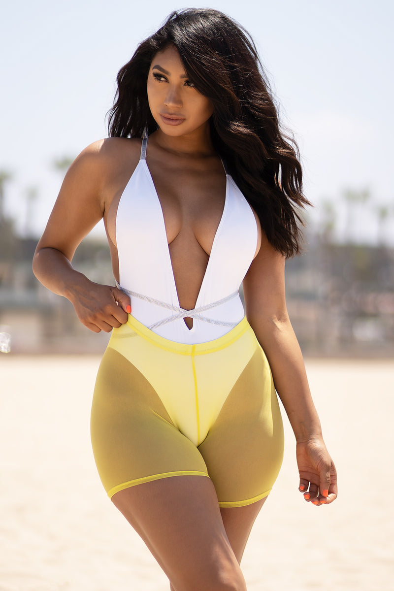 Time To Go Mesh Shorts Yellow