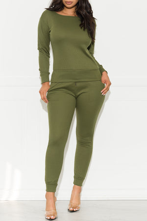 Run Away Two Piece Set Olive