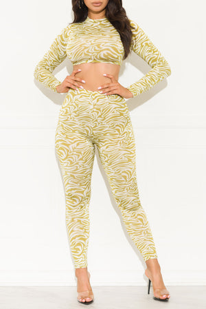 Trend Setter Two Piece Set Gold