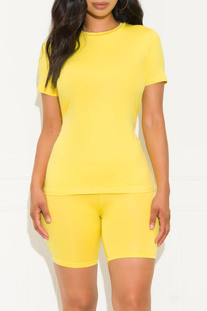 Chill Out Set Round Neck Yellow