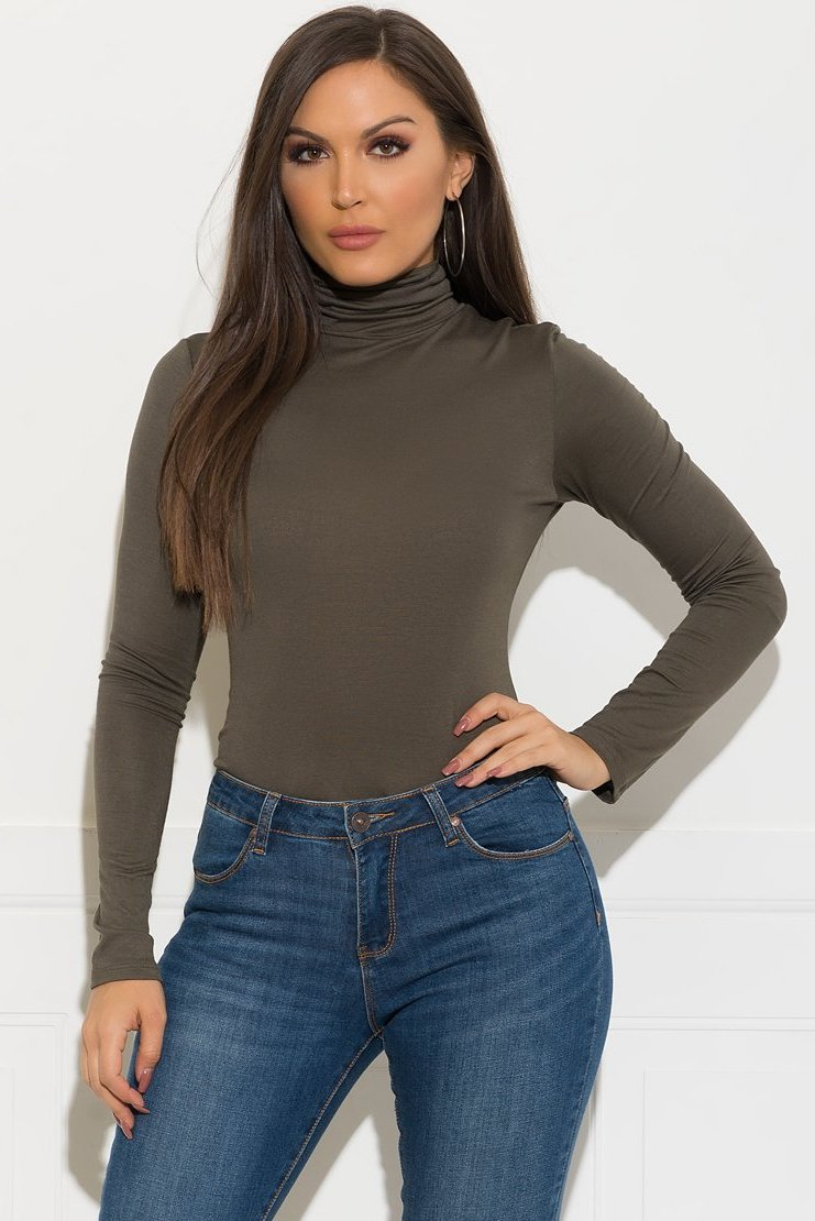 Maggie Turtle Neck Top - Olive