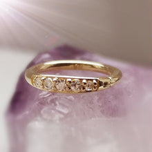Load image into Gallery viewer, tragus ring 9ct gold gem