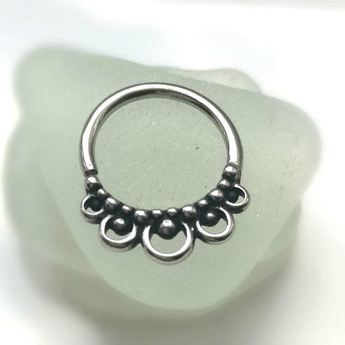Daith ring in boho style easy fit