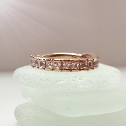 Rose gold conch ring hinged with chanel set gems