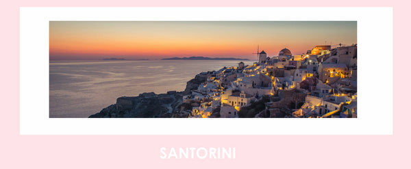The gorgeous sunset over the Caldera in Santorini