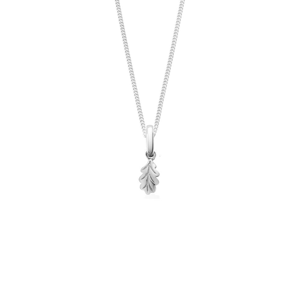 Oak Leaf Short Necklace, Silver