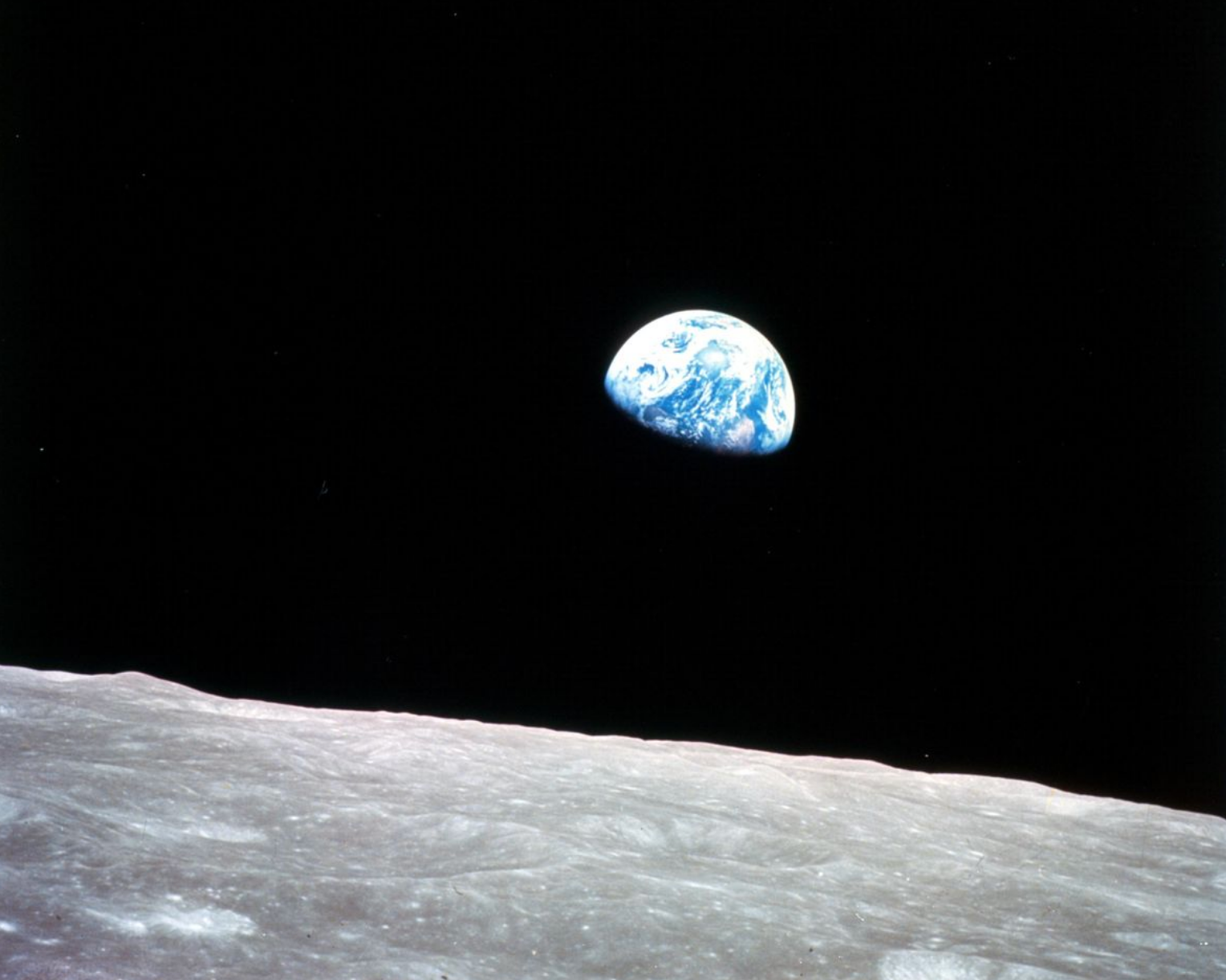 EarthRise picture