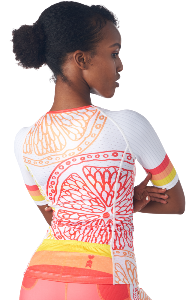 Back of a triathlon jersey with sleeves in a design called Citrus